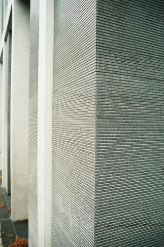 """Fassadenplatten """"sclypiert"""", Bild: © Christian Höhn Photodesigner BFF DGPh, Nürnberg"""