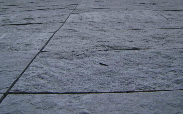 """Fassadenplatten """"gespalten"""""""