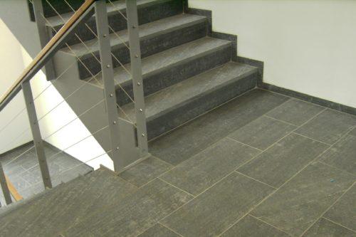 "Dresden, Neubau Firmengebäude DMOS - Stufen, Bodenplatten ""diamantgeschliffen"""