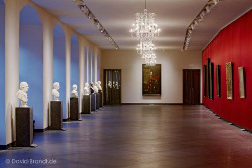 """Dresden, Residenzsschloss, Fürstengalerie in den Staatlichen Kunstsammlungen Dresden - Bodenplatten """"Theumaer Fruchtschiefer"""", Bild: ©David-Brandt.de, ©SKD"""