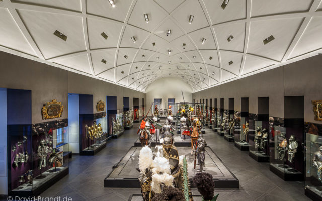 "Dresden, Residenzsschloss, Riesensaal in den Staatlichen Kunstsammlungen Dresden - Bodenplatten ""gebürstet"", Bild: ©David-Brandt.de, ©SKD"