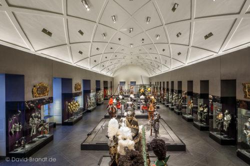 """Dresden, Residenzsschloss, Riesensaal in den Staatlichen Kunstsammlungen Dresden – Bodenplatten """"Theumaer Fruchtschiefer"""", Bild: ©David-Brandt.de, ©SKD"""