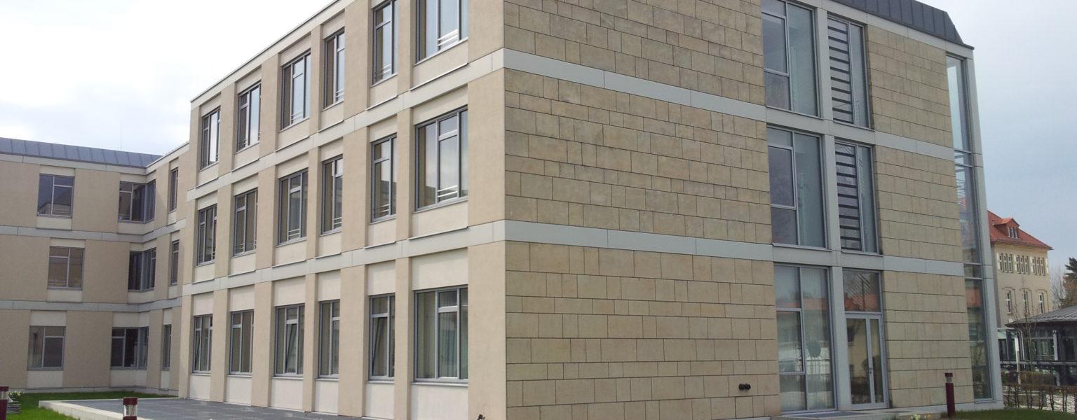 Glauchau, Rudolf-Virchow-Klinikum - Fassade außen