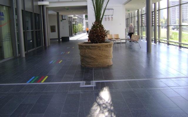 """Jena, Universitätsklinikum - Bodenplatten """"diamantgeschliffen"""""""
