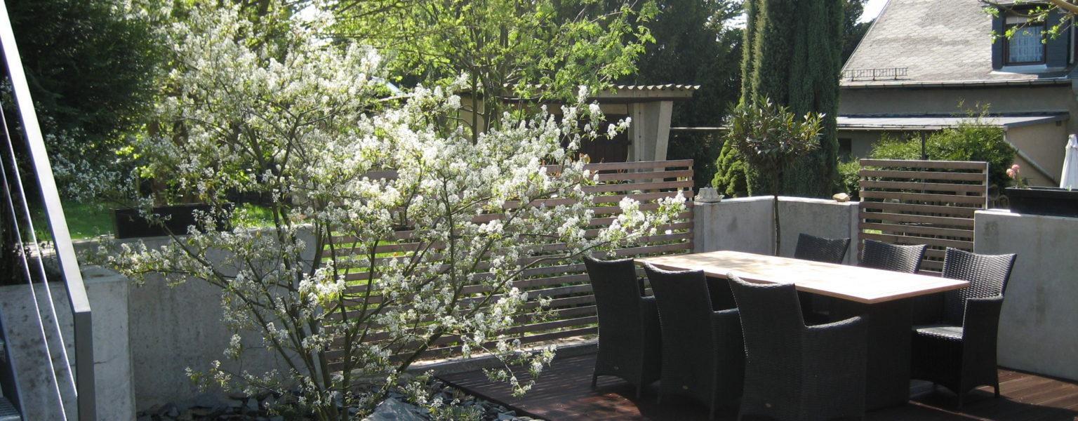 Sachsen, Privatgarten - Ziersteine und Spaltfelsen, Bild: ©Hansel Garten- und Landschaftsbau GmbH, 01328 Dresden - Weißig / www.hansel.de