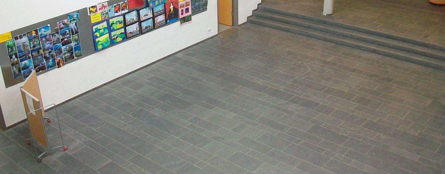 """Rüsselsheim, Eichgrundschule - Bodenplatten, Stufen """"diamantgeschliffen"""""""