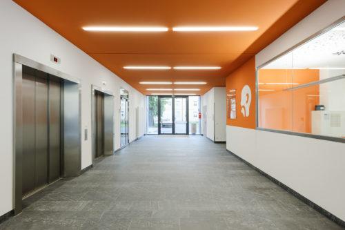 "Dresden, Krankenhaus Friedrichstadt, Haus K - Bodenplatten ""diamantgeschliffen"" – Bild: ©www.linus-lintner.de"