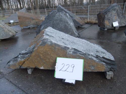 Nr. 229 195,03 € brutto inkl. MWSt., Ca.-Maße 150x45x40cm, 0,414 to